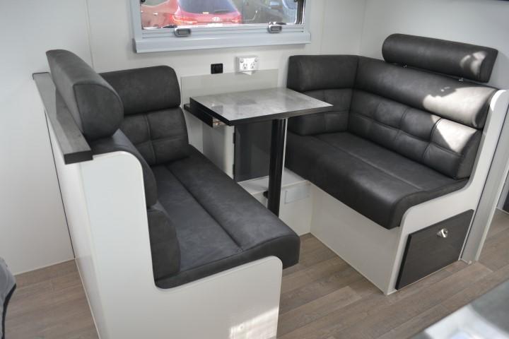 X Machine HTO Van Cruiser
